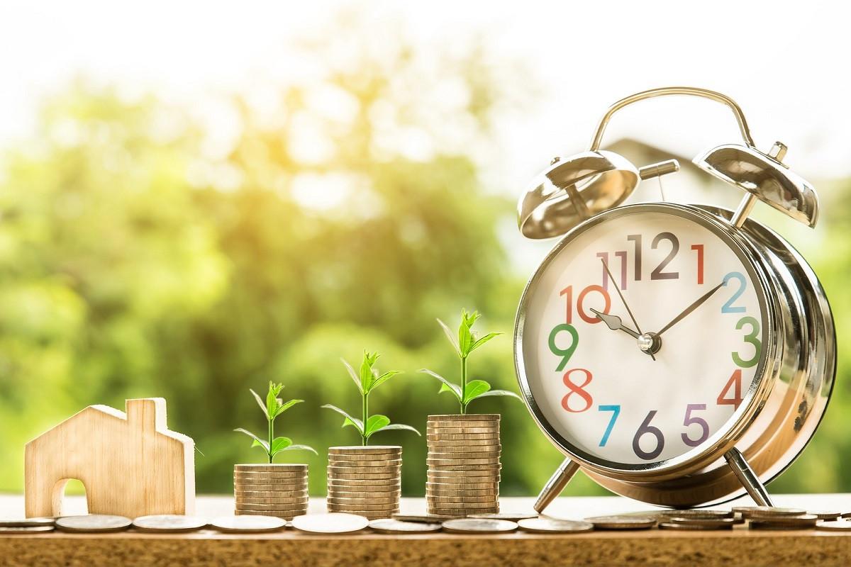 hypotheek geld en klok
